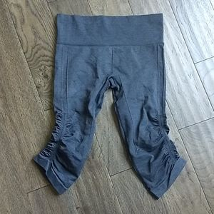 Lululemon Grey Crop Leggings - SZ 6